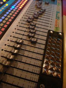3 - Consola De Control PRESONUS 24 4 2