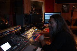 LUTDENMM - Sound Of The Kings Studios (1)