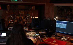 LUTDENMM - Sound Of The Kings Studios (2)